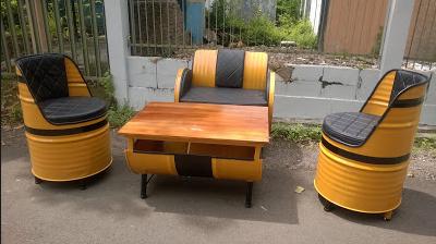 model kursi unik dari drum