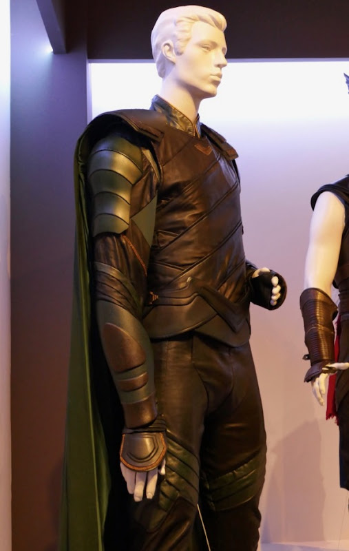 Tom Hiddleston Thor Ragnarok Loki costume
