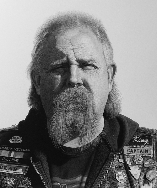 01-Bear-Bill-Harrison-Outlaws-and-Patriots-Photo-Realistic-Drawings-www-designstack-co