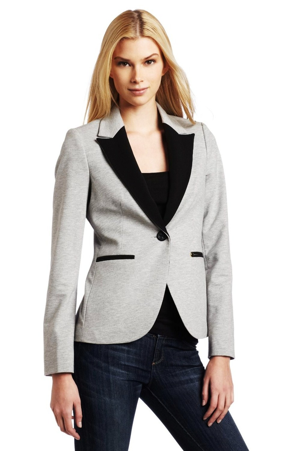 Striped Blazer Best Women's Blazers How to Put Together a Casual Blazer Look Spring Style Spring Fashion Blazer Outfit Blazer and Jeans Women's Blazer Outfit Find this Pin and more on My style by THEBOXQUEEN FASHION & LIFESTYLE.
