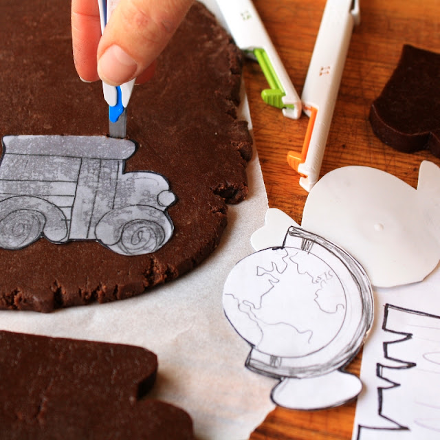 Tutorial for how to hand cut custom decorated sugar cookies