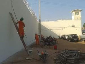 Detentos fogem do Complexo de Pedrinhas durante serviço de pintura