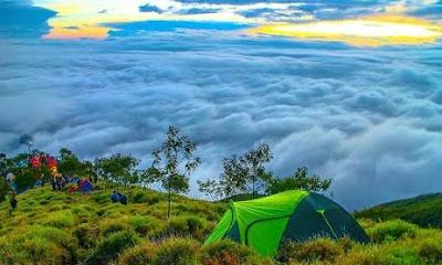 Gunung Putri Lembang, gunung lembang adalah gunung yang sangat terkenal sebagai gunung untuk berkemah dan sekalian berwisata