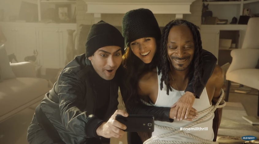 Old Navy: Snoopin' Around Web Film Featuring Julia Louis-Dreyfus Kumail Nanjiani and Snoop Dogg