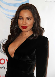 Jurnee+Smollett-Bell+%E2%80%93+The+48th+NAACP+Image+Awards+in+LA05.jpg