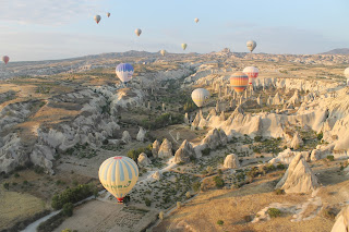Naik Hot Air Balloon di Cappadocia