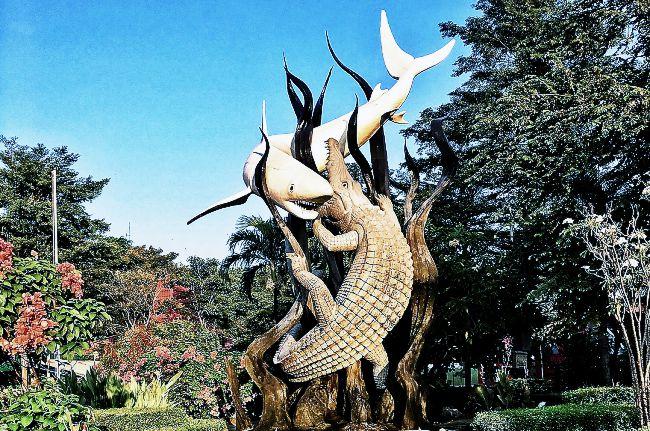 Wisata ke Surabaya: Cari Tempat Instagramable, Pesan Hotel di Airy Rooms