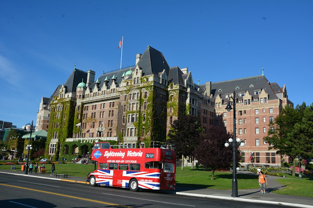 Empress Hotel Victoria Island bus