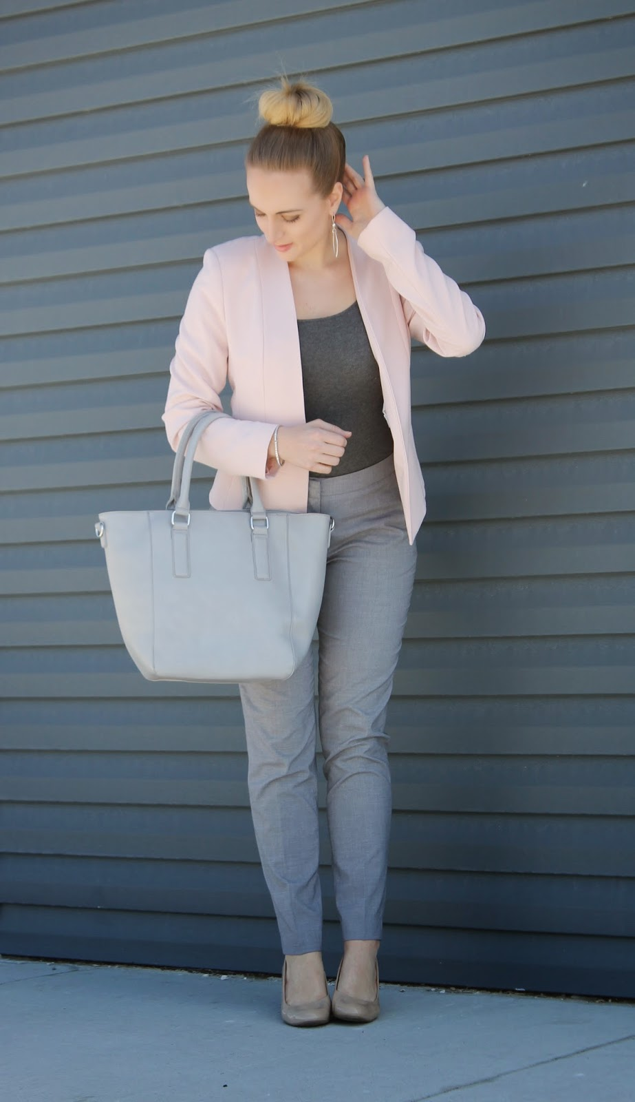 grey-and-pale-pink-outfit
