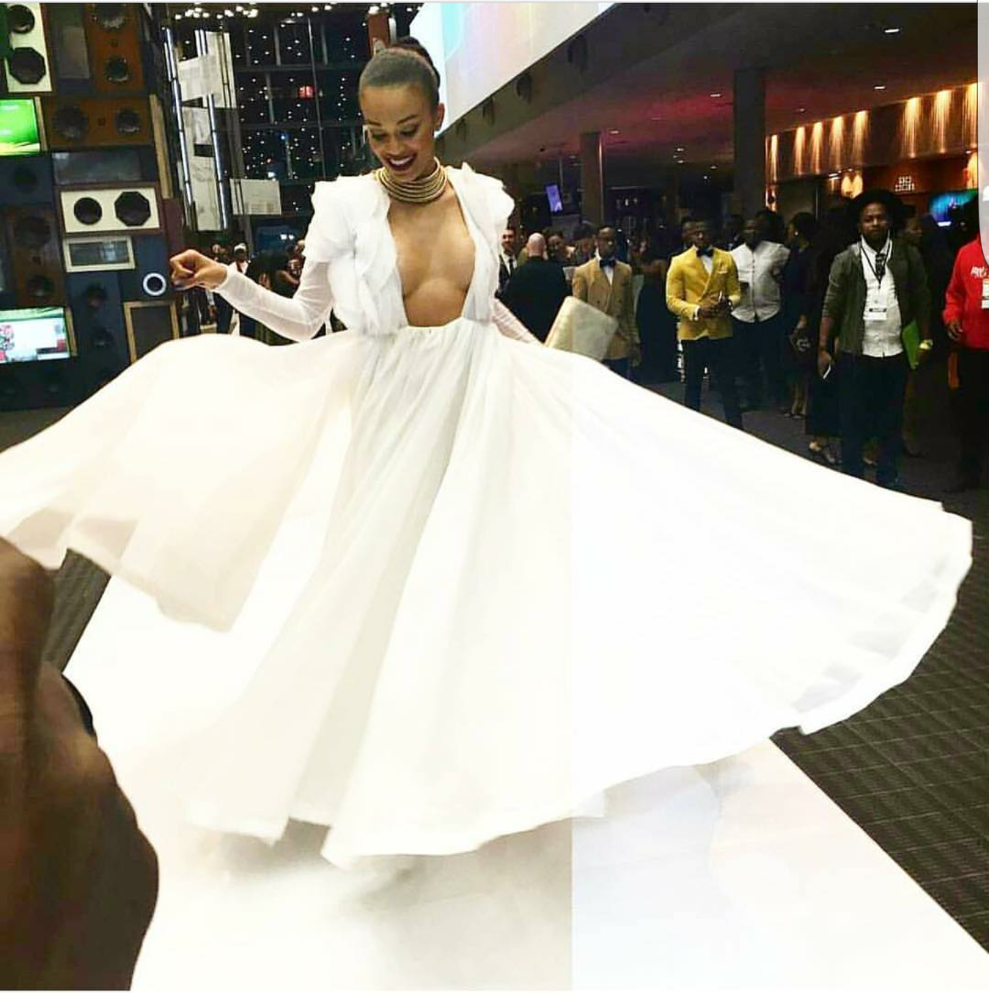 South African Las Take On E Live The Red Carpet At Samas From Bonang To Pearl
