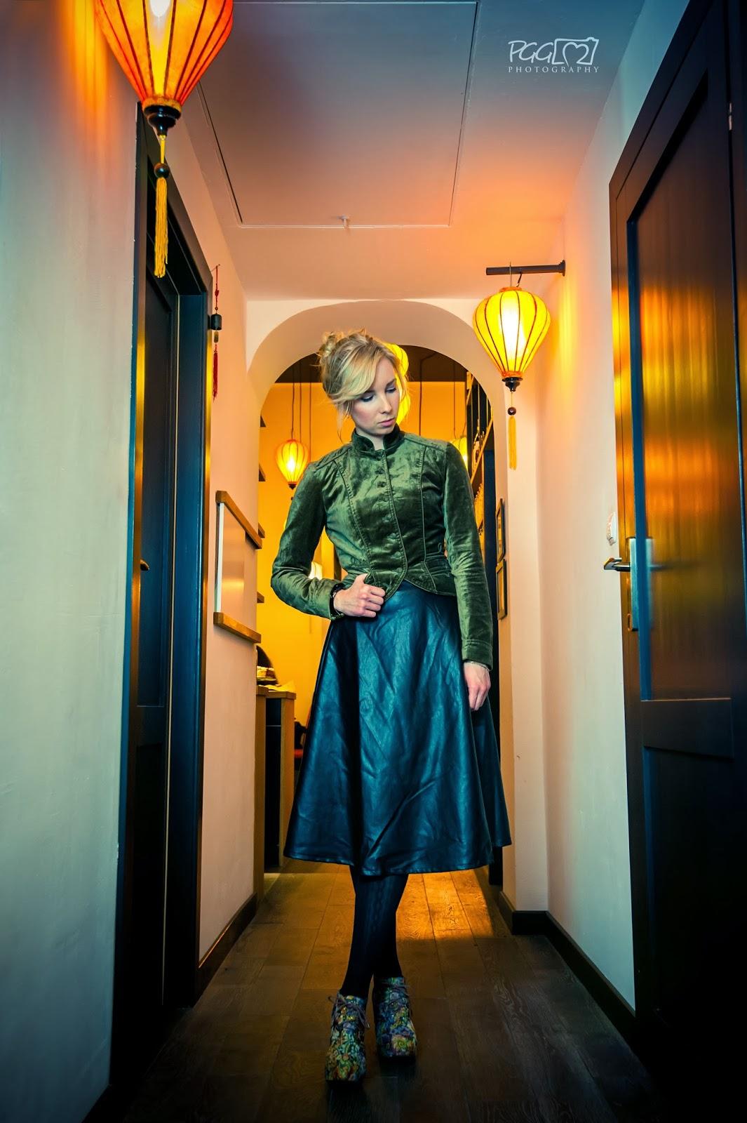 moda, spódniczka, midi, skórzana, żakiet, zielony, sukienkobranie