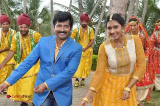 Ennodu Nee Irundhaal Tamil Movie Gallery  0030.jpg