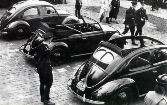 World War II in Pictures: VW Beetle