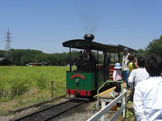 トロッコ列車画像