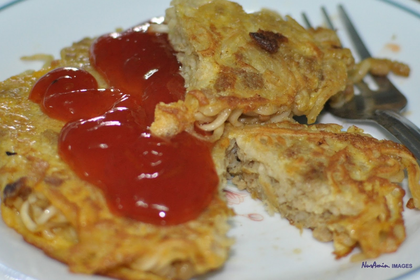 How to Make Murtabak Maggi | SHARE delicious food in Malaysia