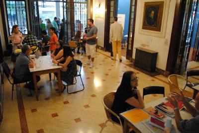 "SOS Literatura Foto Jackson Oliveira 450x301 - Casa das Rosas realiza ""pronto-socorro"" literário"
