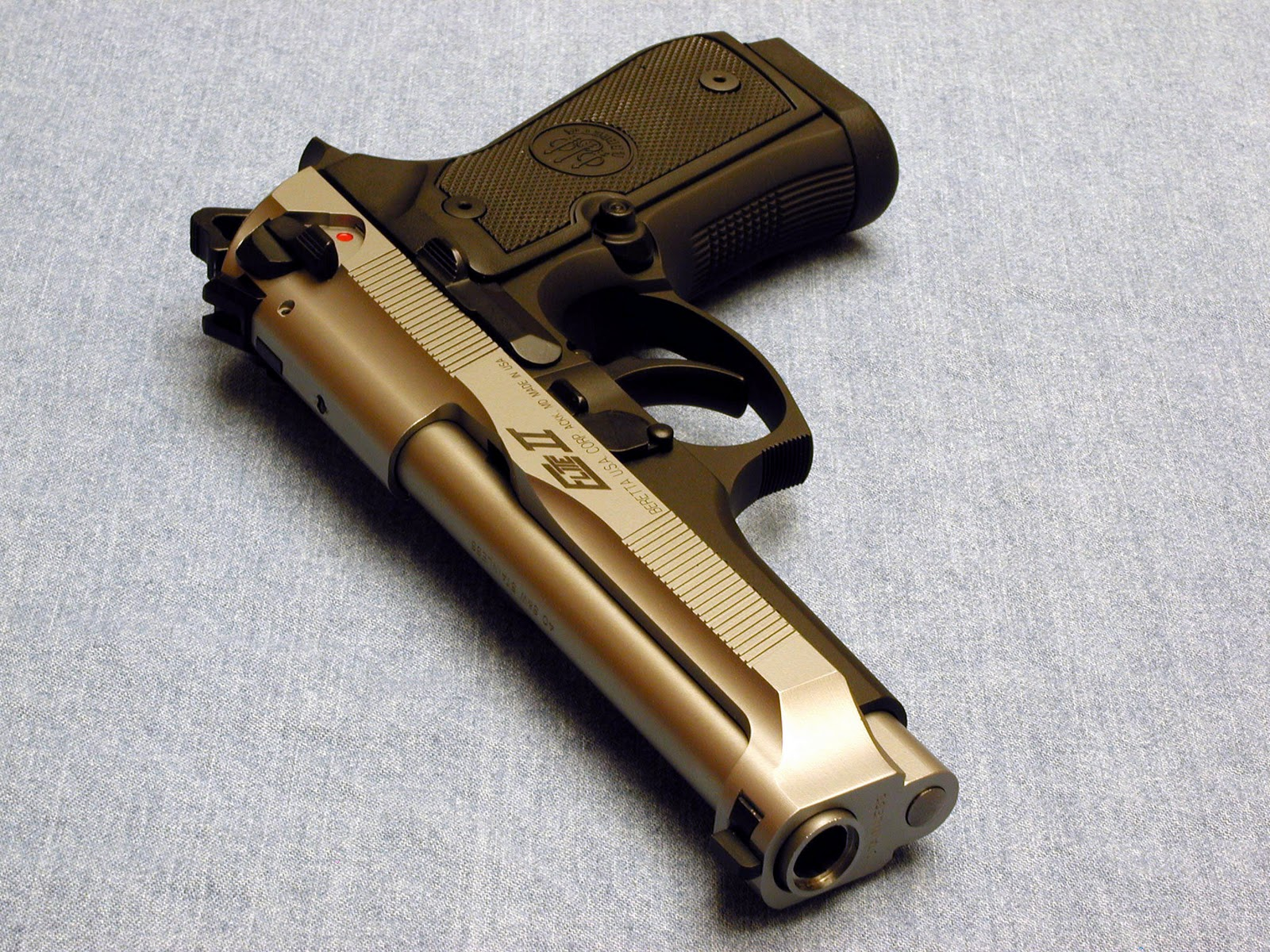 Crazy 88 Auto >> Fire Gun Wallpaper: Beretta 96G Elite II chambered in .40 ...