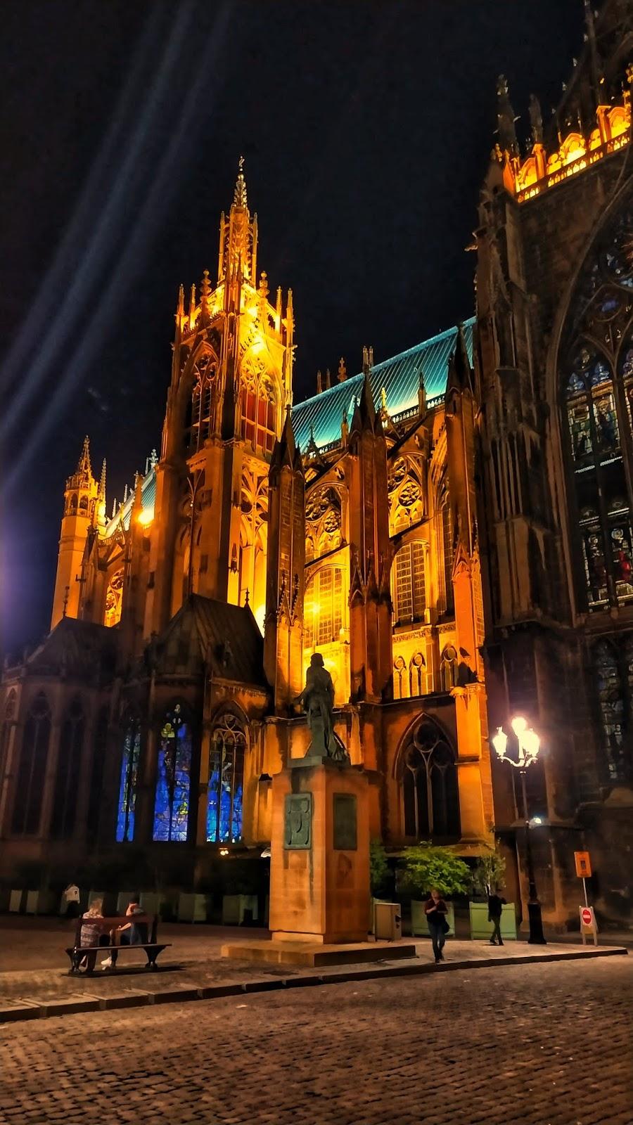 Le-Cathédrale-Saint-Etienne-Metz-Night-View