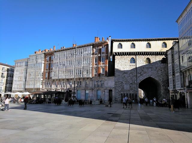 Plaza del Rey San Fernando, Burgos