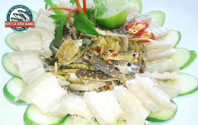 Món ngon Mắm Ghẹ Phú Quốc ăn kèm bún và thịt luộc
