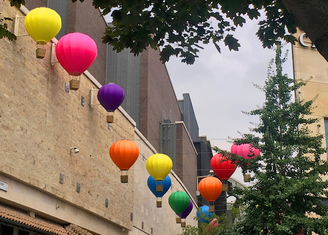 Bristol Balloons Plus Size Fashion and Travel Blogger