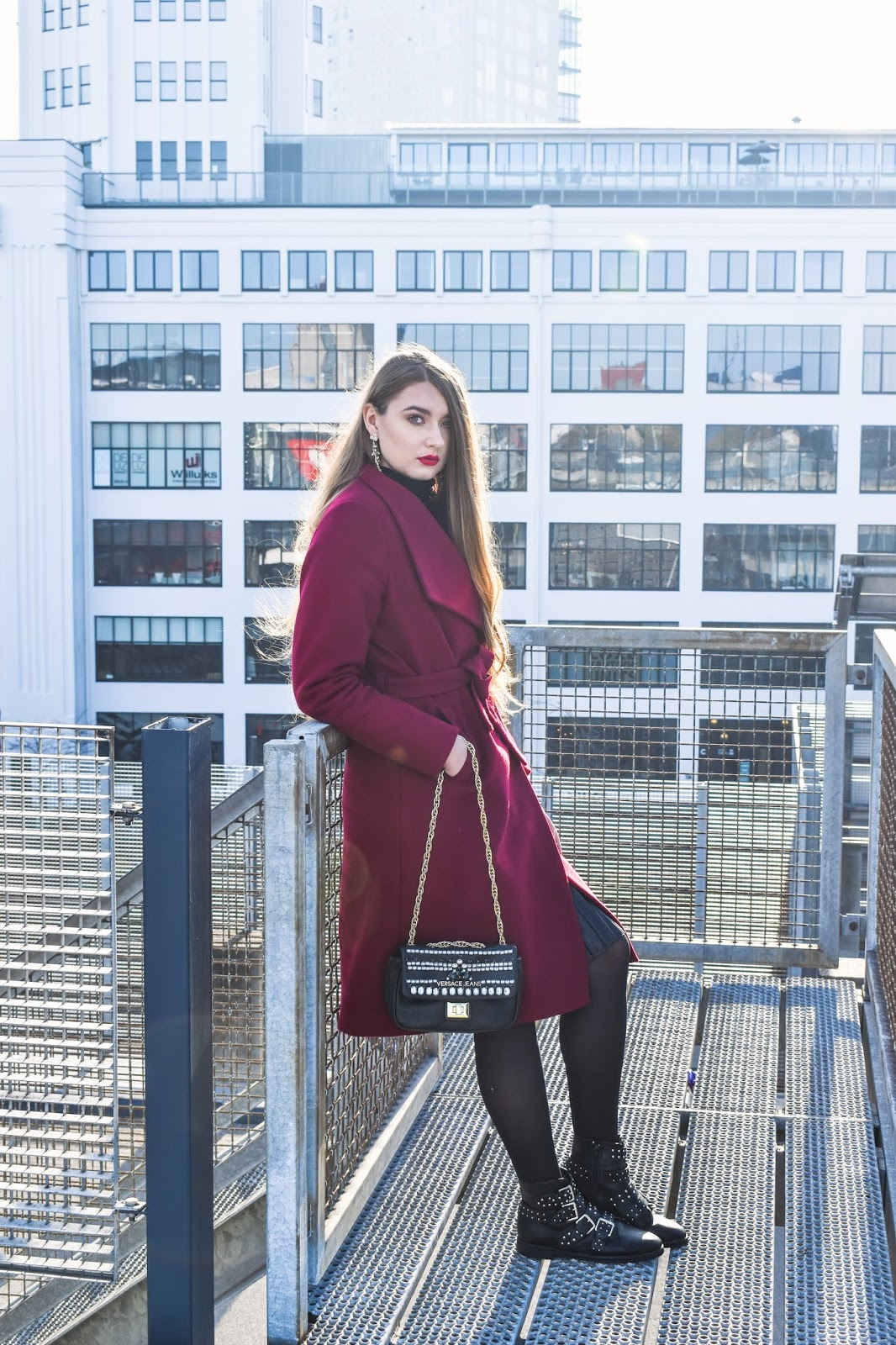 zimowy wełniany płaszcz stylizacje