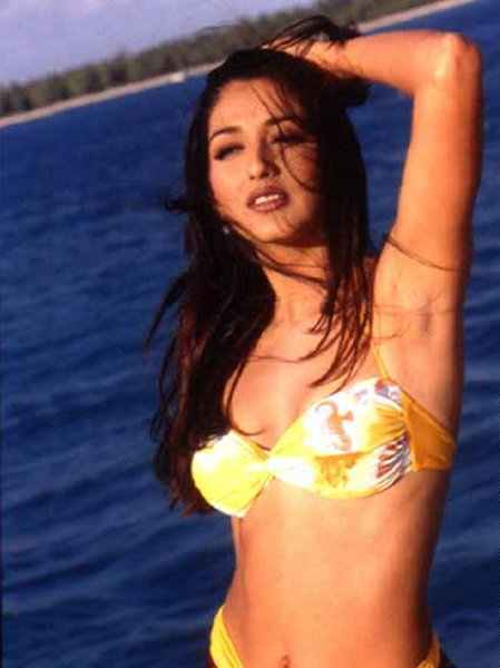 Indian Sexy Actress Images Sonali Bendre Bikini Photos-8191