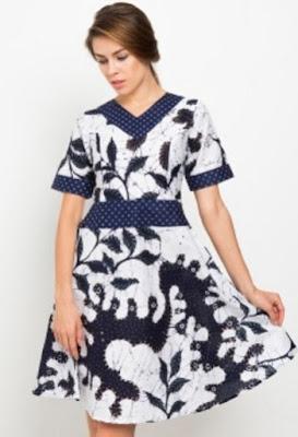 Dress batik pekalongan modern untuk sehari-hari