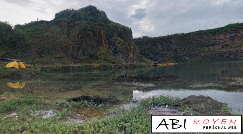 Tempat%2BWisata%2BAlam%2BDi%2BBogor%2BPaling%2BMenarik%2BDanau%2BQuarry 11 Tempat Wisata Alam Di Bogor Paling Menarik Untuk Hunting Foto Yang Keren