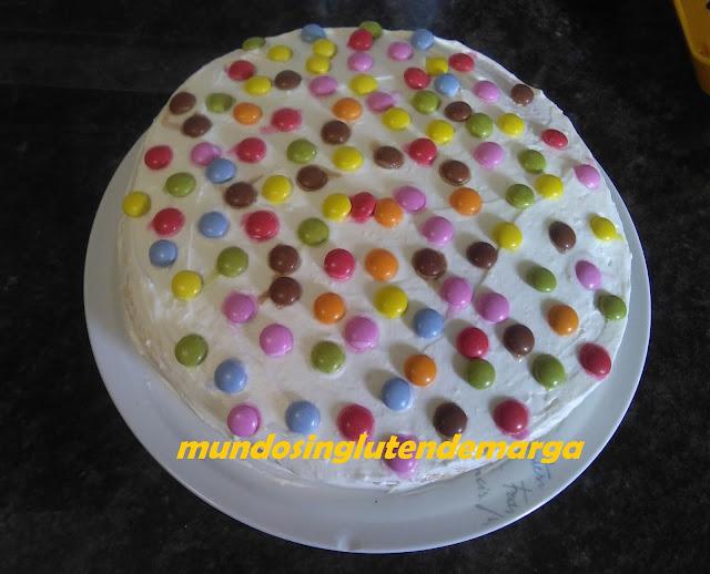 Tarta rápida de cumpleaños sin gluten (microondas)