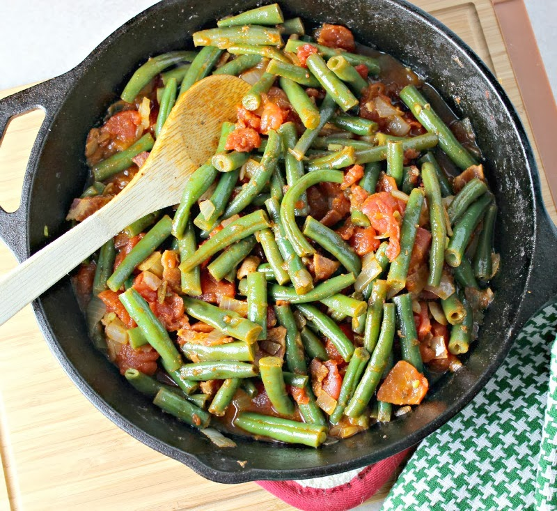 Renee's Kitchen Adventures: Creole Green Beans. Easy way to spice up ordinary green beans.