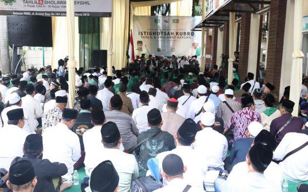 Ribuan Warga Jakarta Hadiri Istighotsah Kubro di PBNU Pagi Ini