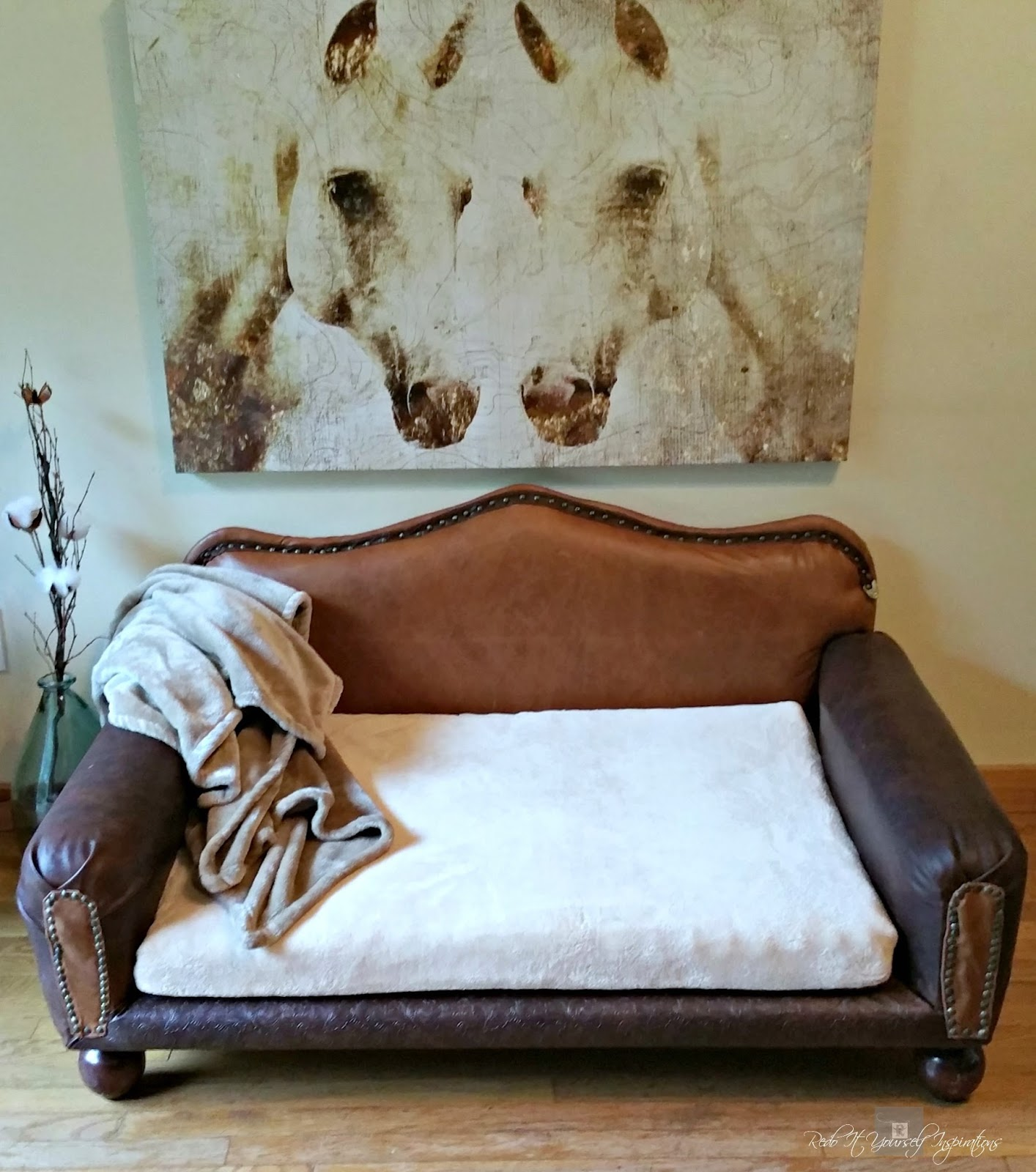 Redo It Yourself Inspirations How To Diy Leather Dog Sofa And Giveaway