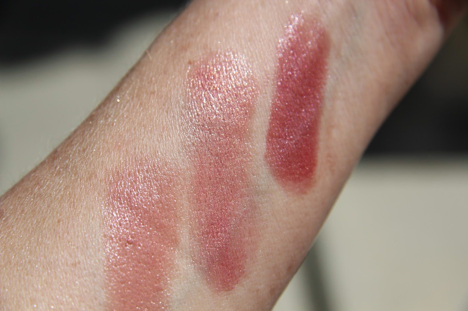 Stick Gloss by Laura Mercier #3
