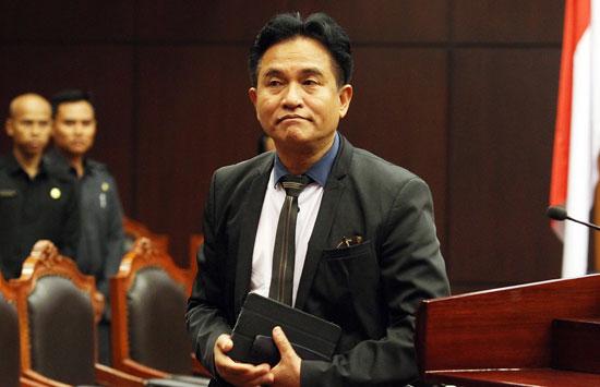 Curiga! Yusril di Jawa Tengah Lawan Rakyat, di Jakarta Sibuk Membela