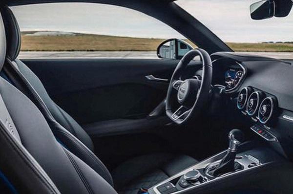 Interior Audi TTS 2019