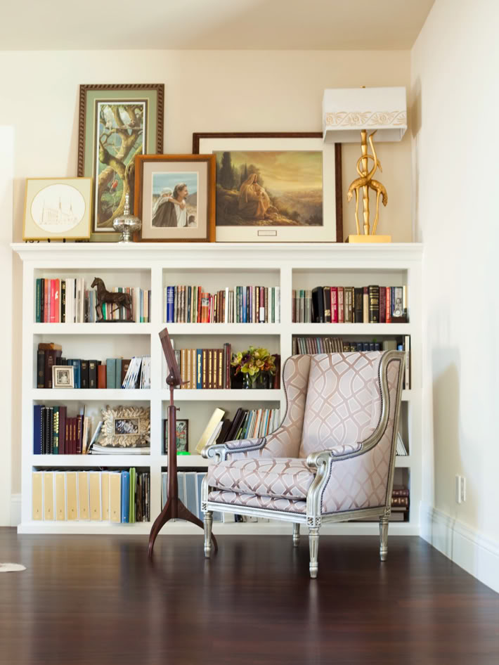 eclectic decor shelves decorating bookshelves wall shelf nook bookshelf corner bookcase decoration library shelving diy books case interiors walls space