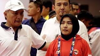 Dicoret Karena Pertahankan Jilbab, IE Abdya Hadiahkan Miftha Umrah
