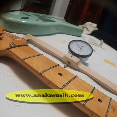 Cara Mengecat Gitar Listrik dan Gitar Akustik