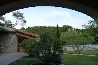 Hotel La Garanne de Labeaume, jardín.