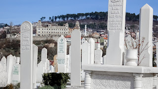 Alifakovac cemetery south of the river