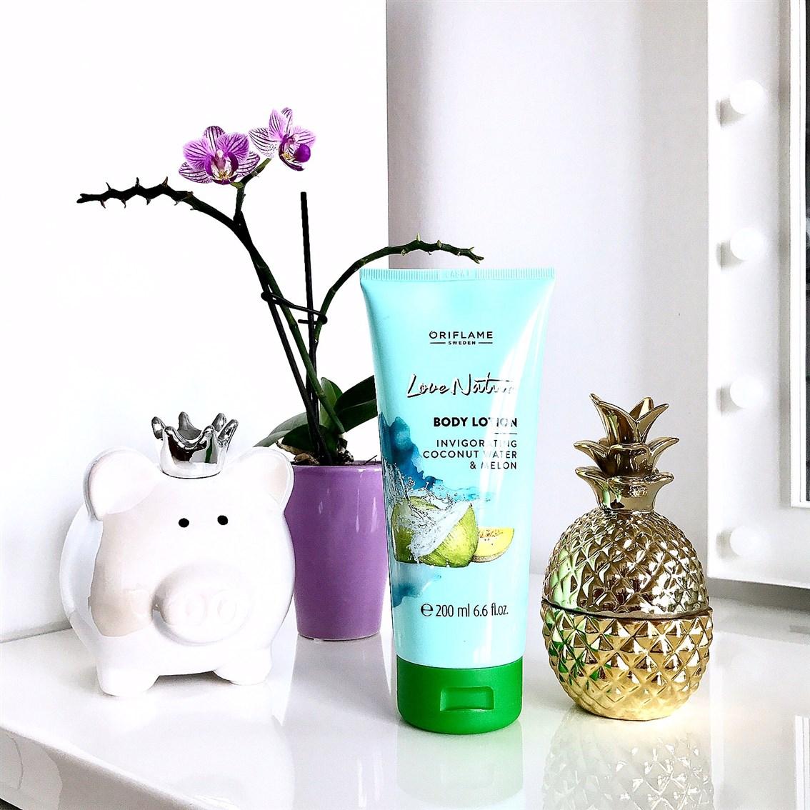 zdjęcie Oriflame Love Nature balsam z wodą kokosową i melonem