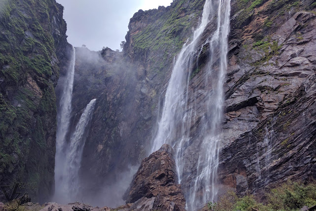 Spectacular views from the base of Jog falls
