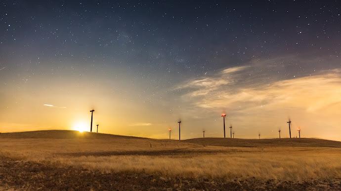 Wallpaper: Moonrise Windmills