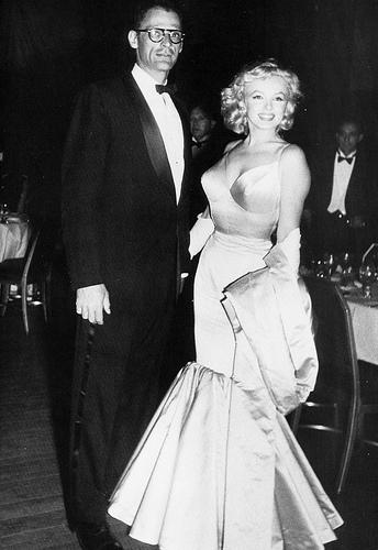 Vestido sereia anos 50, Marlyn Monroe