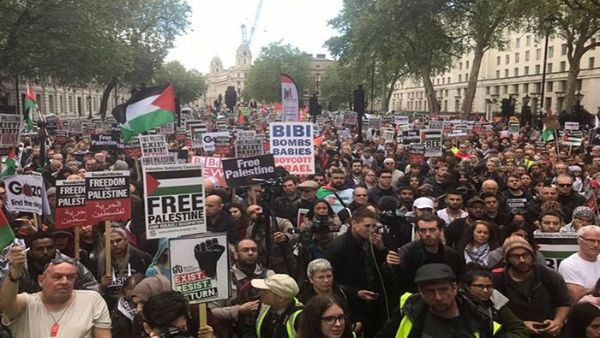 Realizan multitudinaria marcha en Londres en apoyo a Palestina