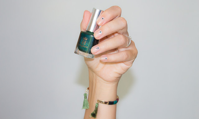 vernis-nailart-dottingtool-minimaliste