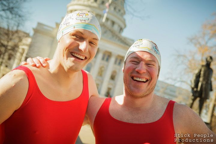 Madison WI Santa Swimsuit Run (c) Kelly Doering, Photograher