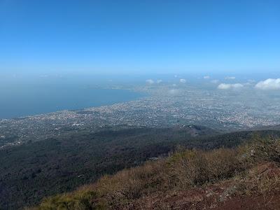 Vaizdas nuo Vezuvijaus i Neapoli
