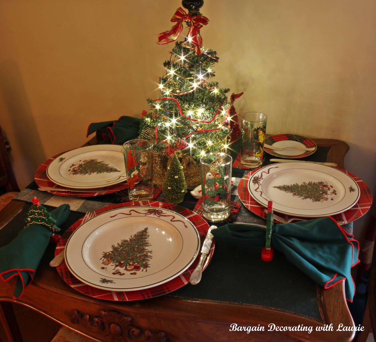 Decorating Tablescapes: BARGAIN DECORATING WITH LAURIE: CHRISTMAS TABLESCAPES